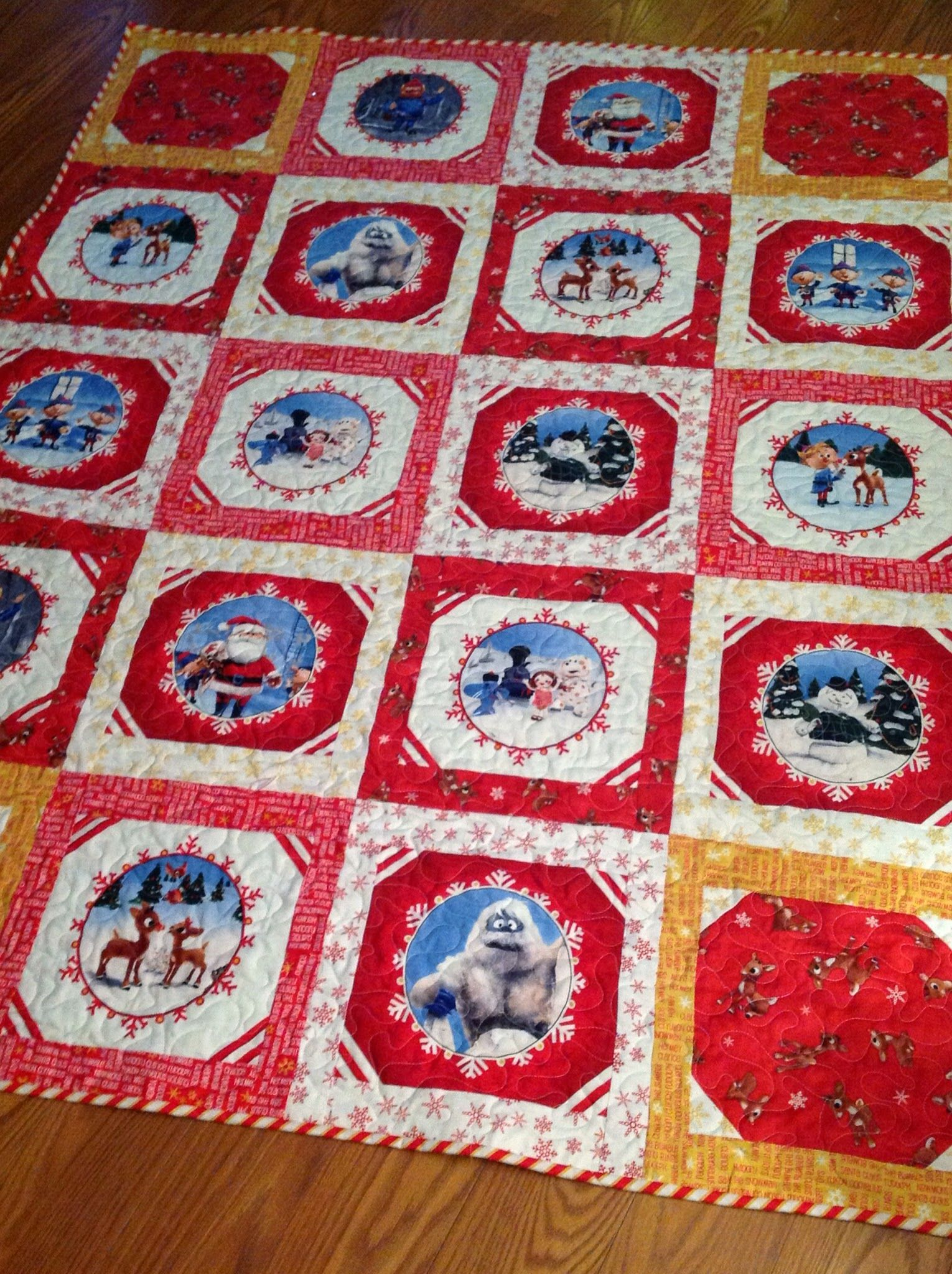 rudolph the red nosed reindeer quilt pattern - Google Search ... : reindeer quilt patterns - Adamdwight.com