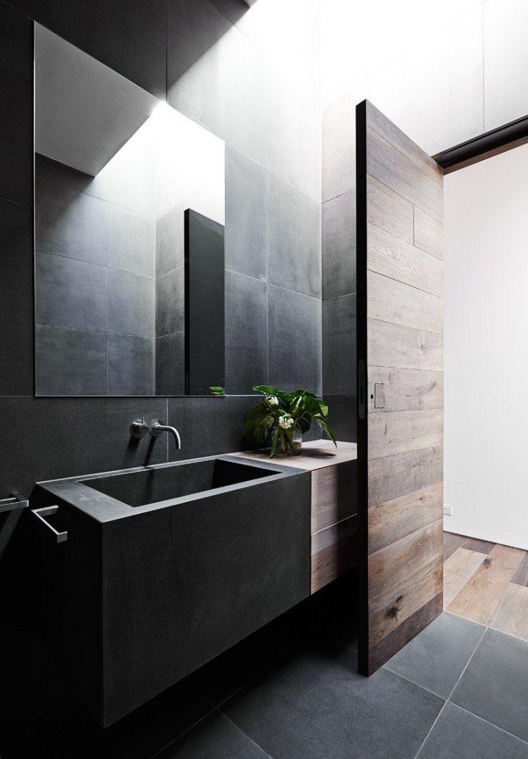 Lambris bois massif carrelage mural gris anthracite lavabo design assorti et miroir - Salle de bain gris anthracite et bois ...