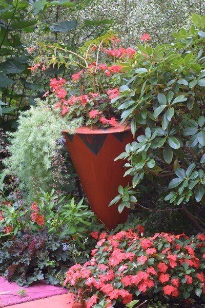 garden designed by keeyla meadows