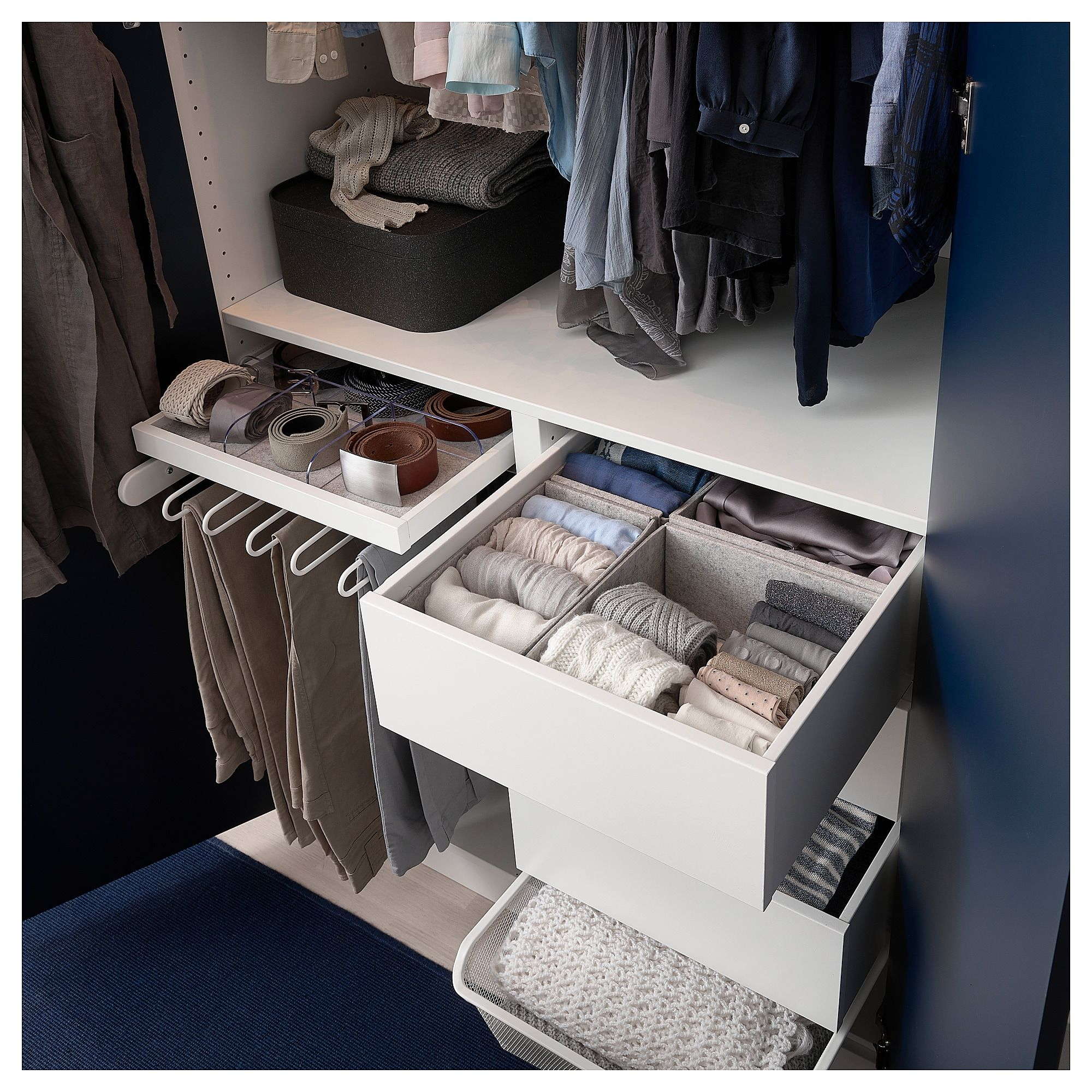how to set up a wardrobe box