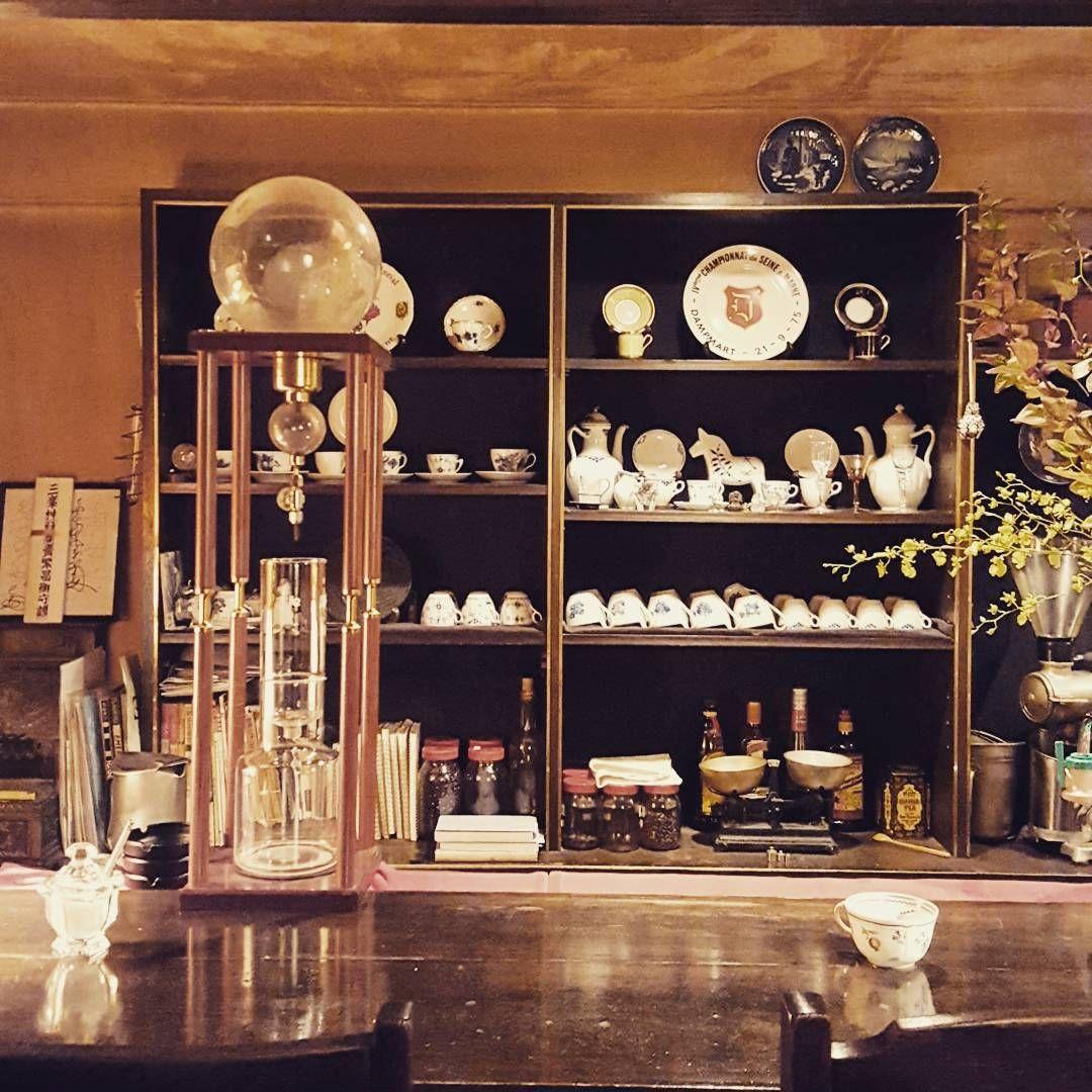 cafe toujours gotanda interior