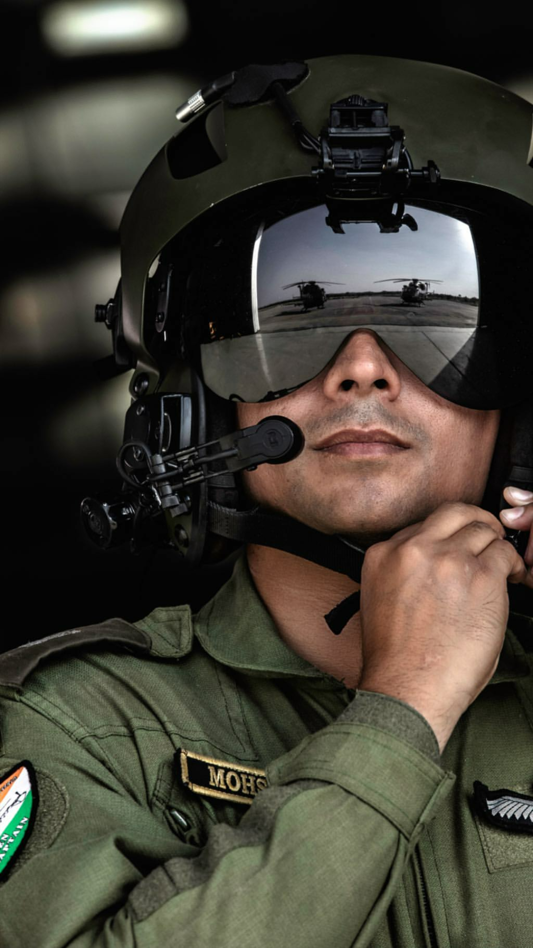 An Aviator Of The Indian Aviation Corps Of Indian Army 1080 X 1920 Indian Army Indian Army Special Forces Indian Army Wallpapers