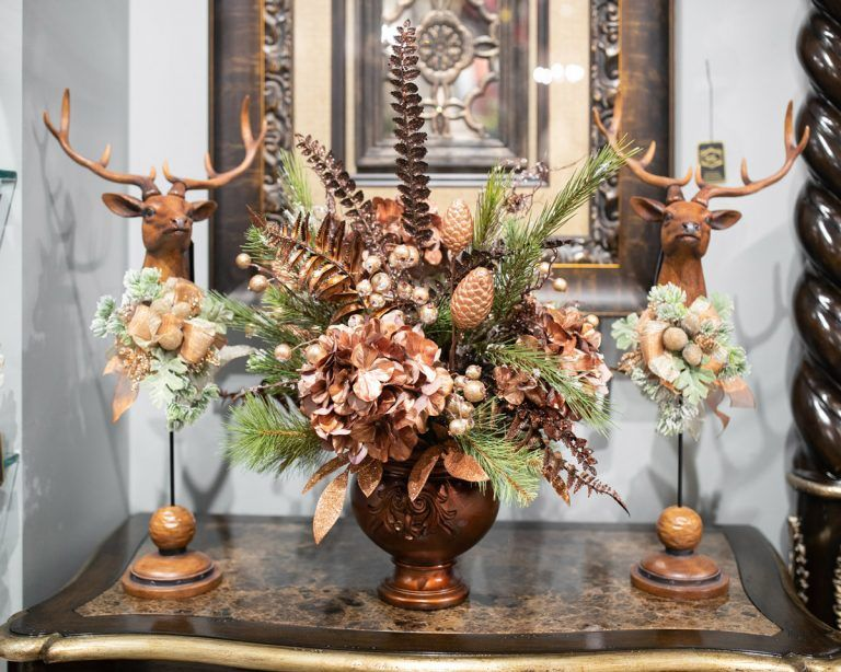 Handcrafted Holiday Floral Arrangements In 2020 With