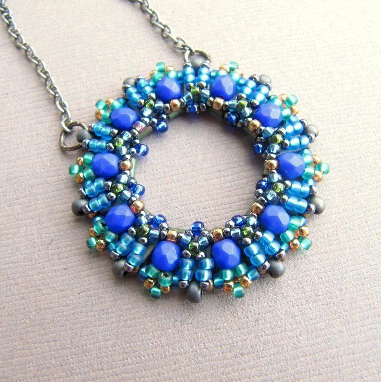 La rondella beaded pendant tutorial beads tutorials and pendants la rondella beaded pendant tutorial aloadofball Images