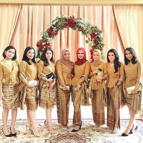 Model Kebaya Modern Rok Batik Prada Atasan Coklat Polos Sewing