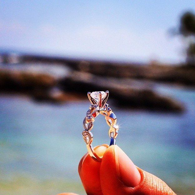 Proposal in Mexico with a stunning Simon G ring. Congrats to reactionalie and reactionmike!  #Regram #SummertimeGlamour #SimonG #diamonds #diamonddistrict #nyc #firenzejewels #sparkle #wow #ShowYourCouture #CoutureDailyDose #bejeweled #feeltheheat #fashion #jewelryoftheday #design #designerjewelry #Jewelry #love #jewelers #47thstreet #engagementrings #ShowMeYourRings #DiamondRing #engaged #popose #SheSaidYes