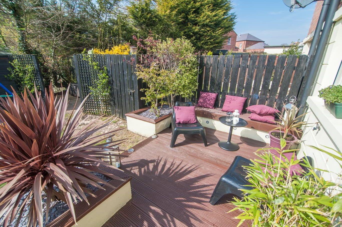 4 Barnoak Lane, Belfast Outdoor furniture sets, Small