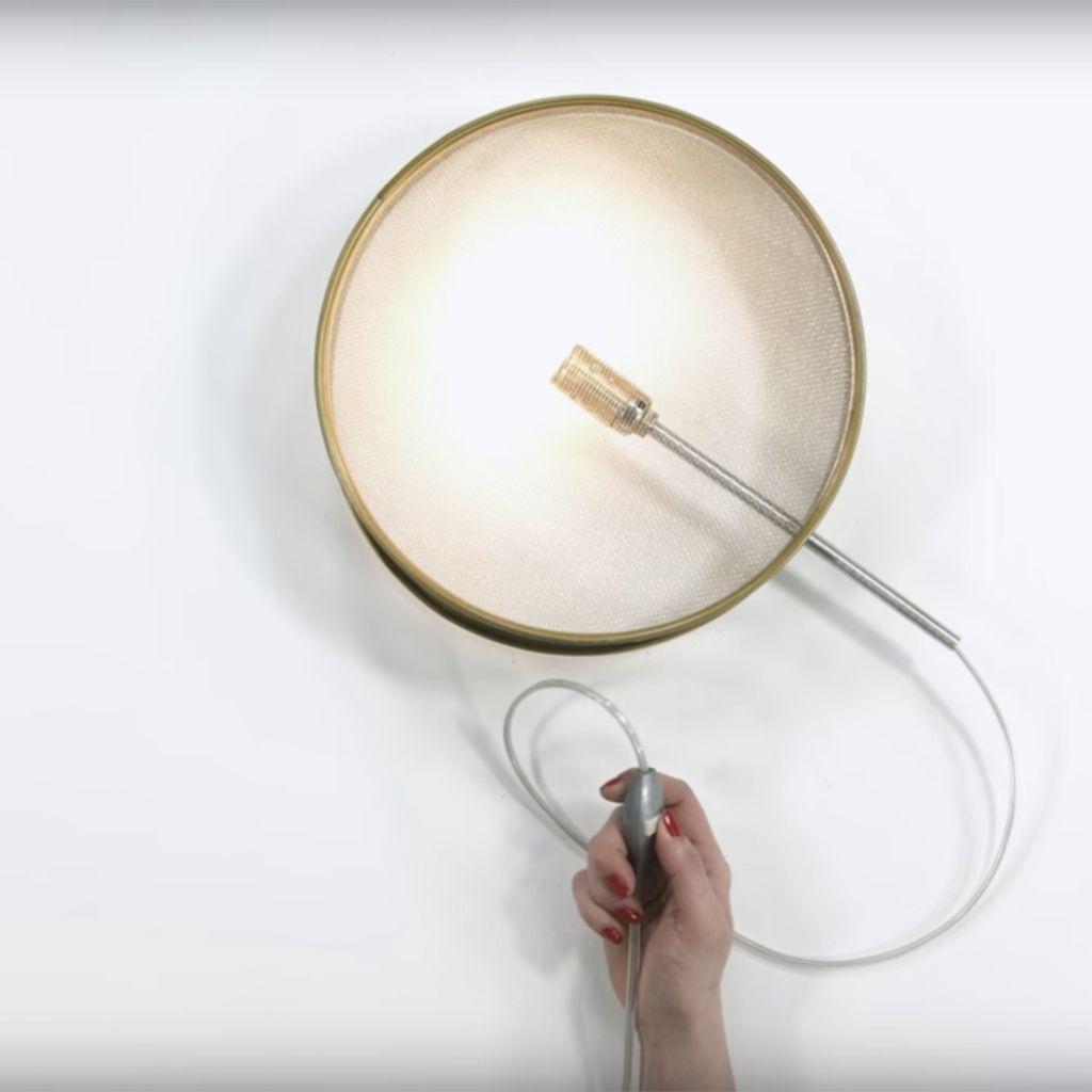 Comment Fabriquer Une Applique Murale comment fabriquer une lampe avec un tamis - elle décoration