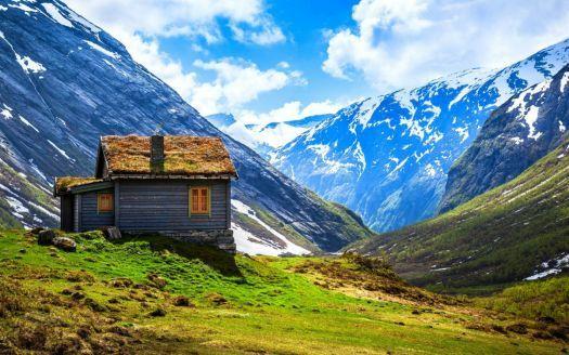 Casa rustica nas montanhas da Noruega !!! (60 pieces)