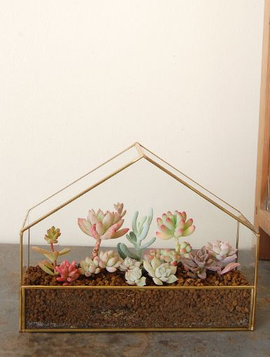 Adorable!! Love the pastels! Need to make my mom one of these for Christmas!