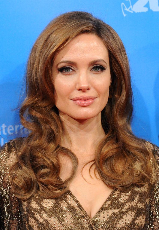 Angelina Jolie Beautiful Hair Style wallpapers Wallpaper