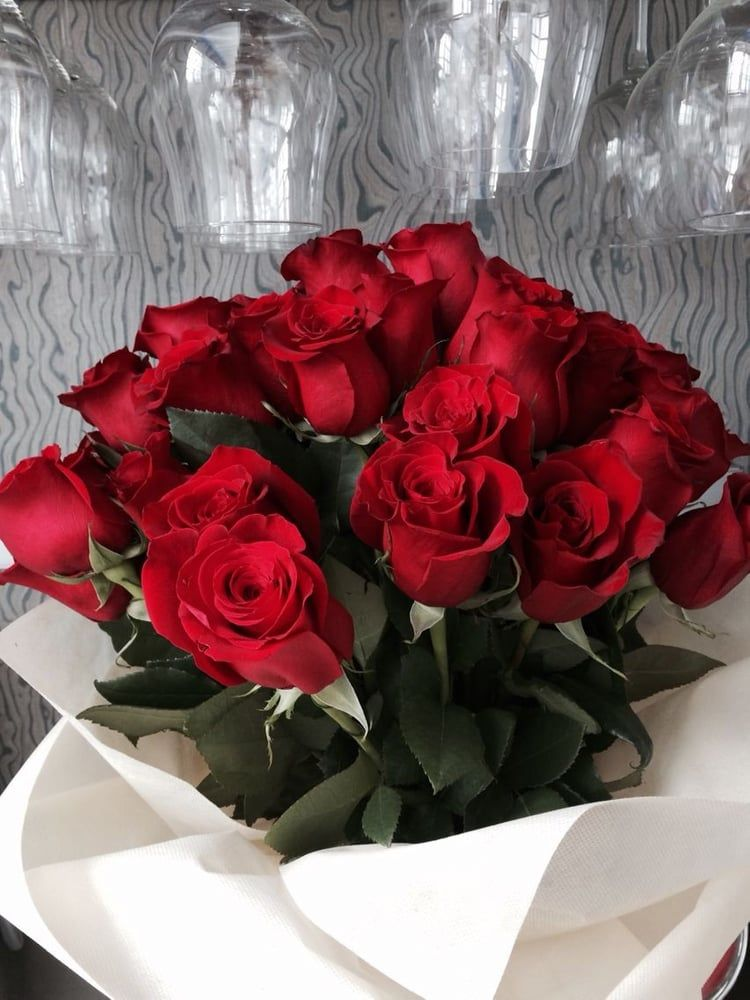 Flowers Shared By On We Heart It Red Rose Bouquet Beautiful Bouquet Of Flowers Flowers Bouquet