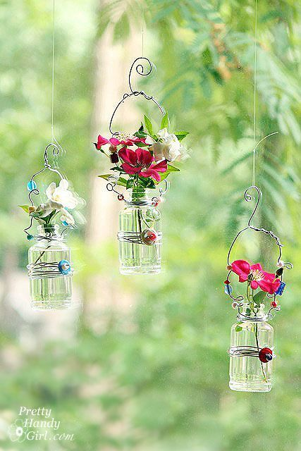 Via loveliegreenie.  Hanging florals, embellished containers