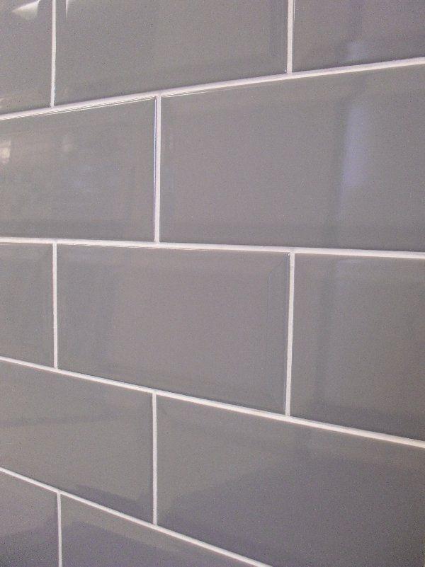 grey subway tile with white grout for behind stainless hood alderbrooke grey kitchen tiles. Black Bedroom Furniture Sets. Home Design Ideas