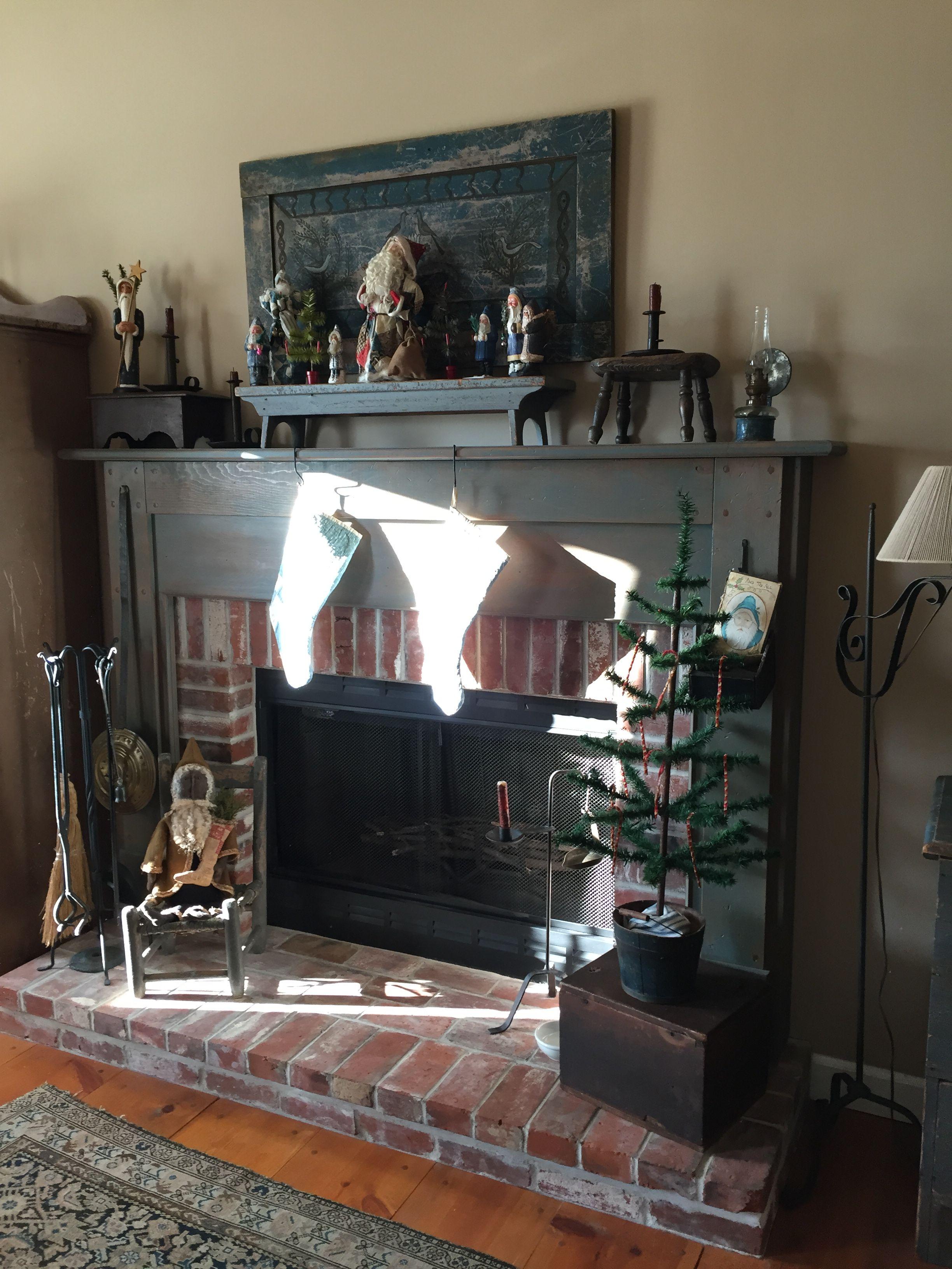 Christmas Fireplace, Primitive Christmas, Mantels, Fireplaces, Primitives, Fire Places, Prim