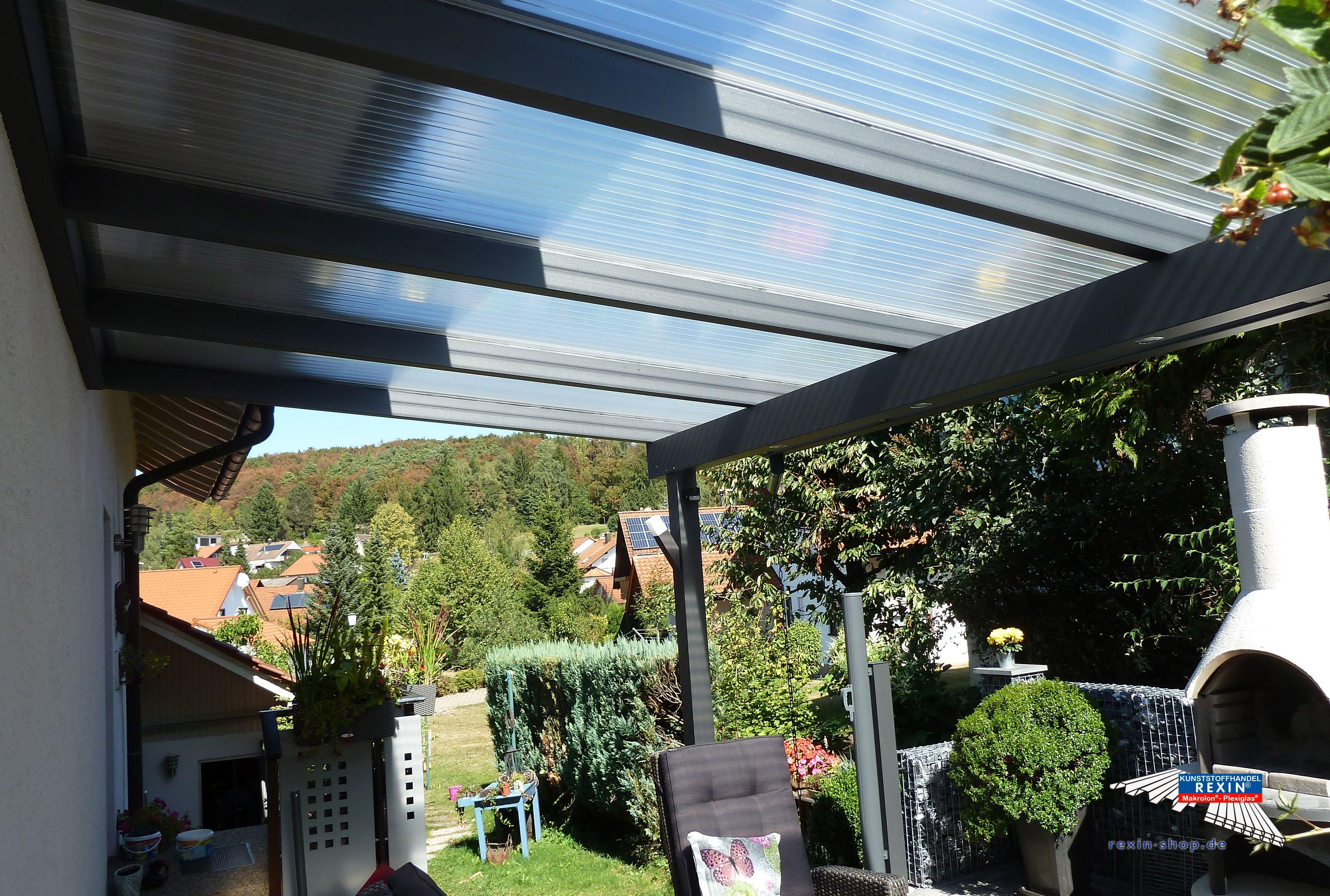 Superb Ein Alu Terrassendach der Marke REXOclassic m x m in Anthrazit mit Plexiglas