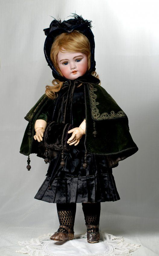 French Bisque Dep Bebe By Jumeau Marks Dep 12 26 Apr 03 2016 Frasher S Doll Auction In Mo Antique Doll Dress Antique Dolls Haunted Dolls