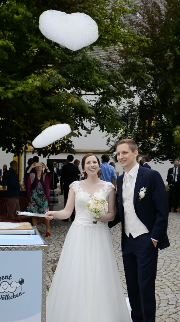 Eine Hochzeitsüberraschung für das Brautpaar die sich auf