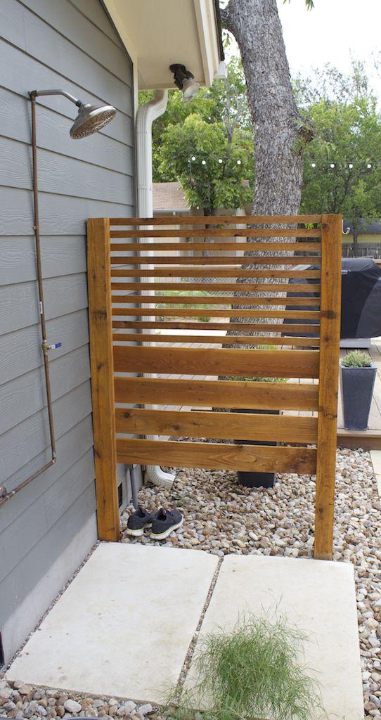 Simple Outdoor Shower | Douche | Douche de jardin, Douche ...