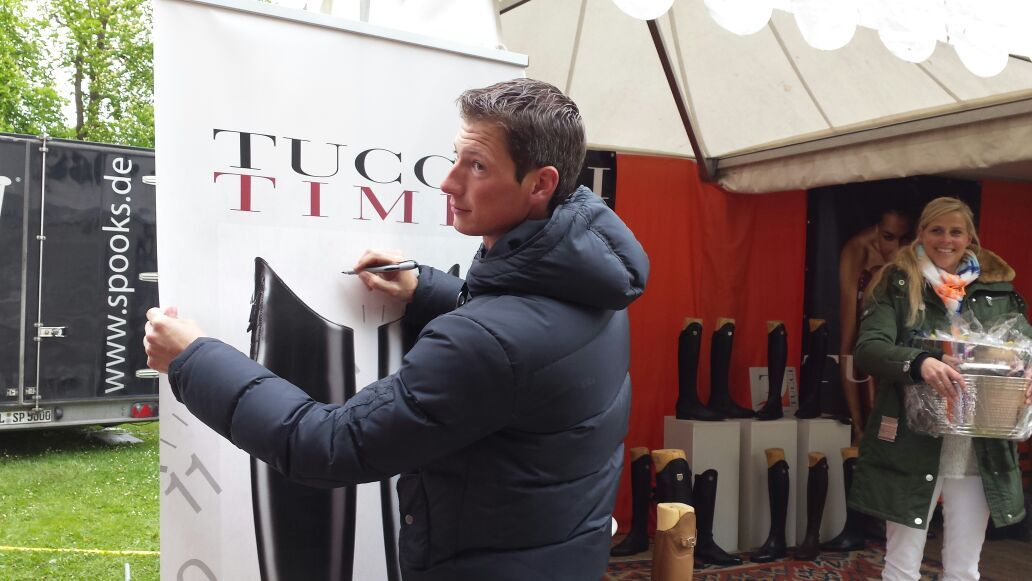 Daniel Deusser, Tucci stand in Hamburg #danieldeusser #tuccitime #tuccitowin #equestrianboots