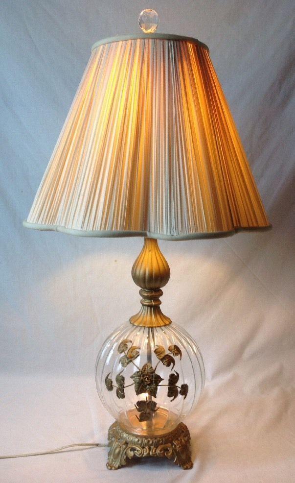 Vintage Hollywood Regency Glass Table Lamp Gold Ormolu Flowers Night Light Base Lustres