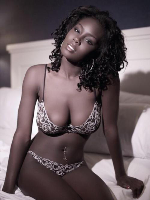 Hot busty ebony women