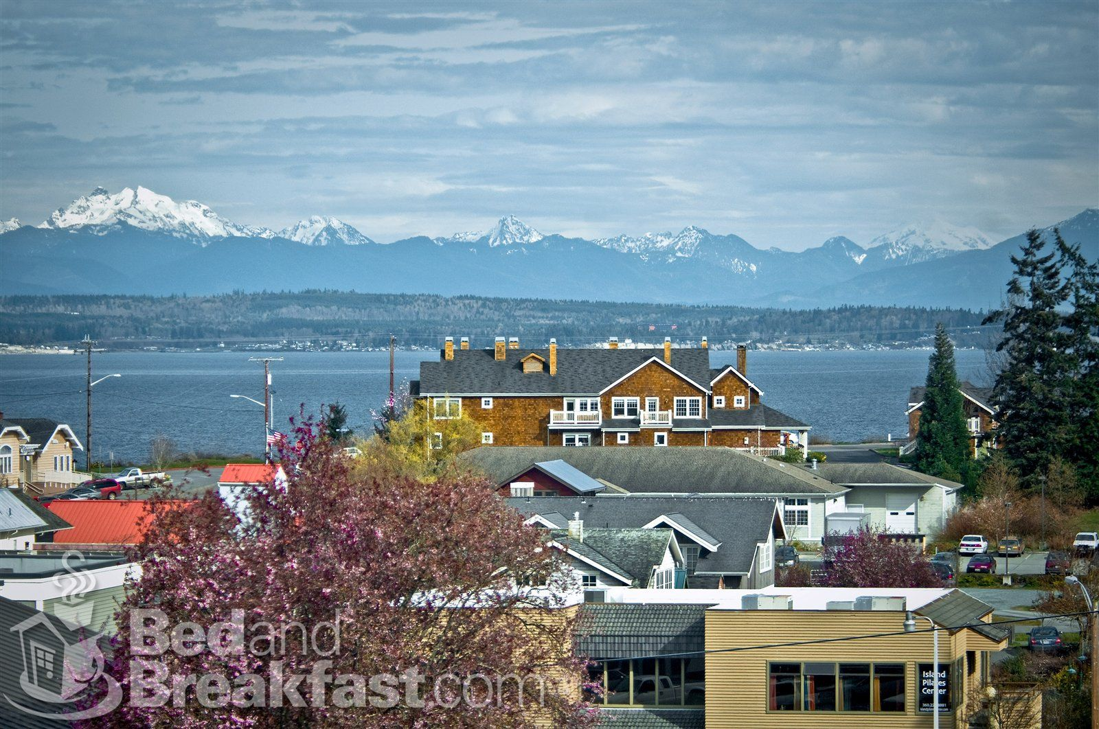 langley washington snow tippped olympic mountain. Black Bedroom Furniture Sets. Home Design Ideas