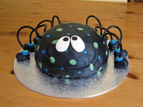 claudia behrens Spider cake Spider and Cake