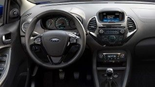 Ford Ka Interior Steering Wheel And Centre Console With Sync