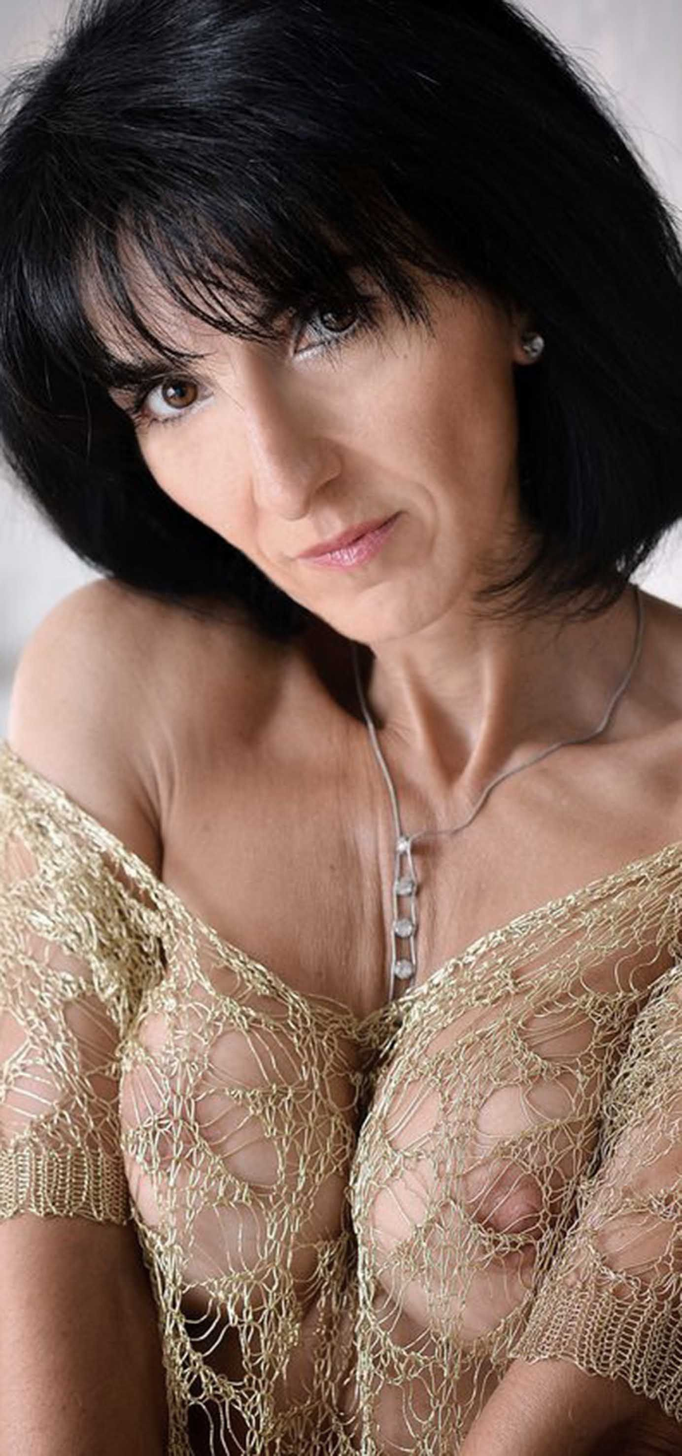 particularly gorgeous | mature and hot | pinterest | woman