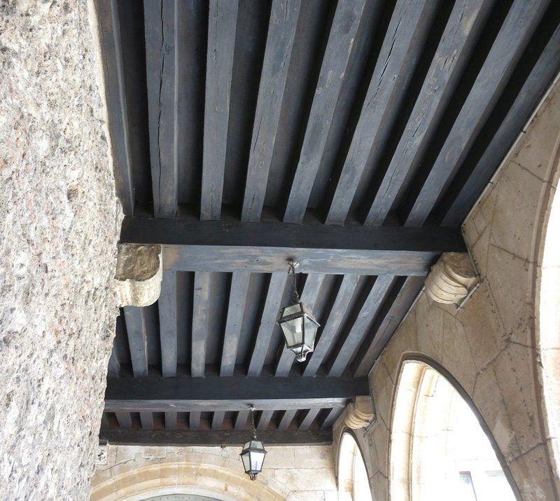 Plancher à la française avec retombée de poutre à l\'Hotel de Cluny ...