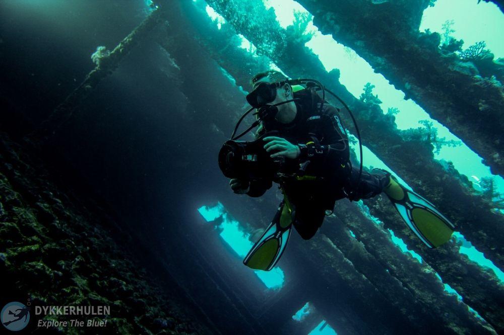 Carnatic wreck, red sea, Dykkerhulen