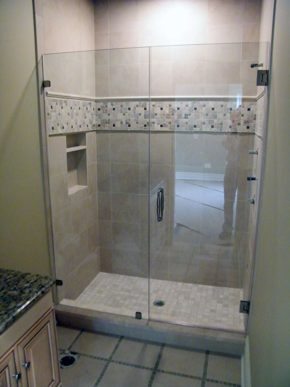 Bathroom shower doors frameless - Glass Shower Enclosures Frameless Is A Headrail Necessary For Your Frameless Shower Manalapan