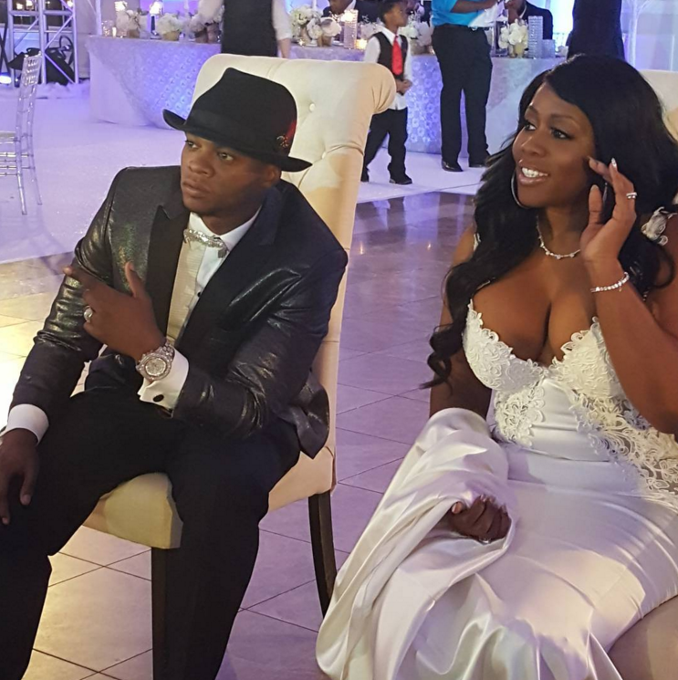 Photos Remy Ma And Papoose Wed In Lavish Ceremony Inside The Fabulous Wedding Lhhny Black Celebrity Couples Celebrity Couples Black Hollywood
