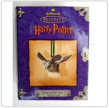 2000 Hedwig the Owl Ornament http://fortheloveofharry.com/hallmark-harry-potter-ornaments/