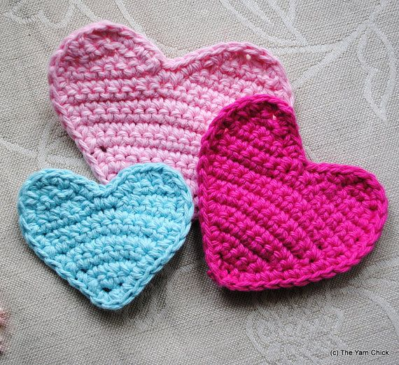 Sweet Heart Crochet Pattern | Light colors, Buntings and Garlands