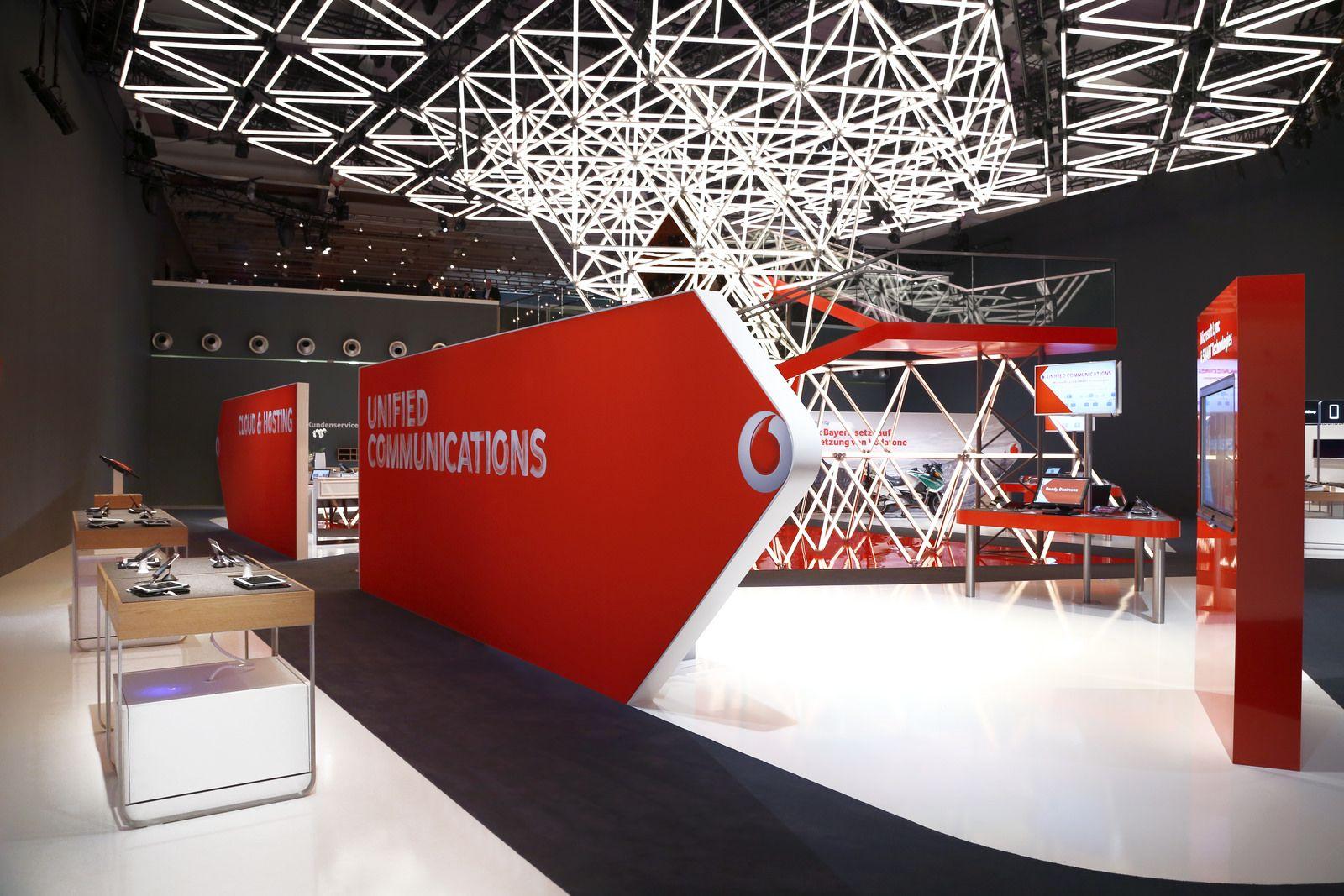 Exhibition stand design  Vodafone trade fair stand @ CeBIT 2014 | Flickr -  Photo Sharing!