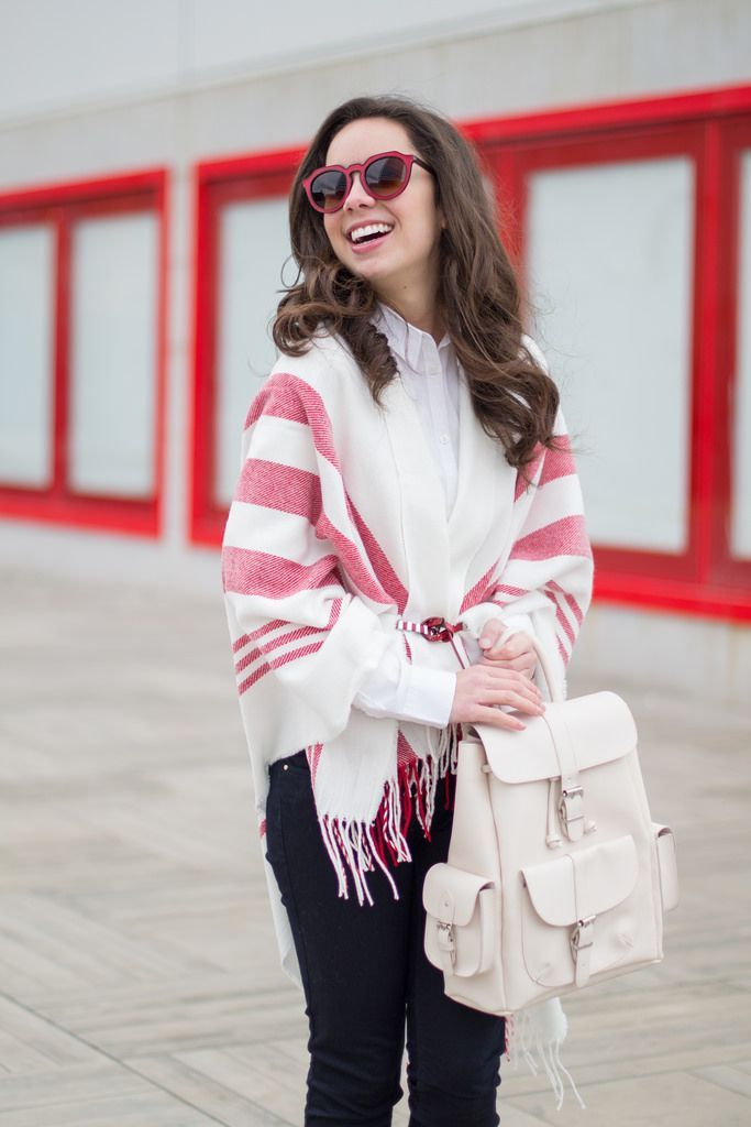 How to wear a poncho in a spring outfit : MartaBarcelonaStyle's Blog