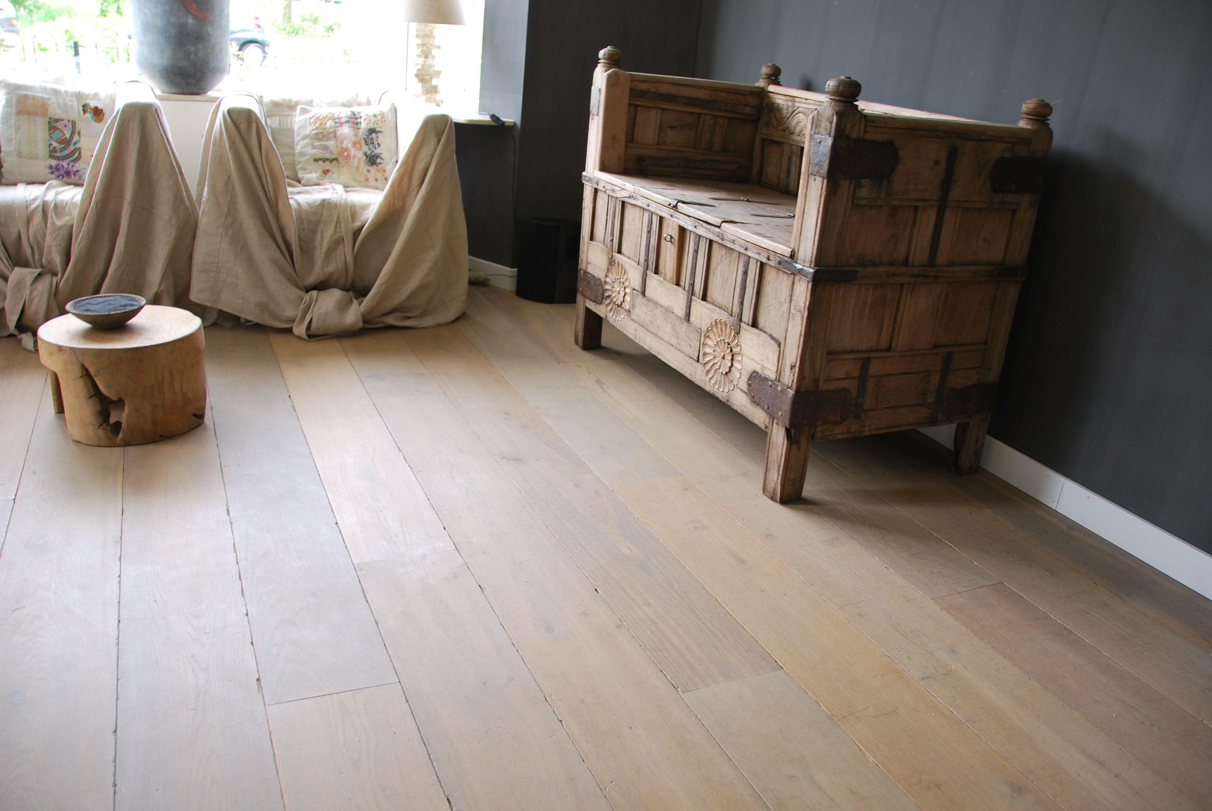 Houten planken vloer white wash houten vloeren