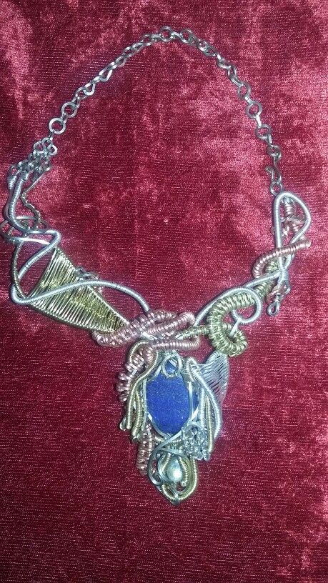 Exelent alternative organic design with lápiz lazuli & labradorite in convination of diferent metals