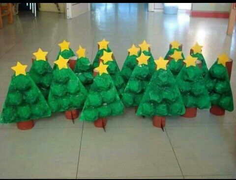 Arbol De Navidad Para Ninos Con Material Reciclado Christmas Decor