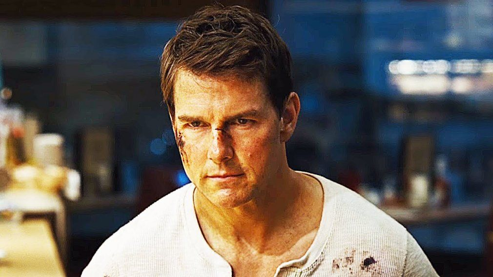 26 Movies You Have To See This Fall Tom Cruise Movies Jack Reacher Tom Cruise
