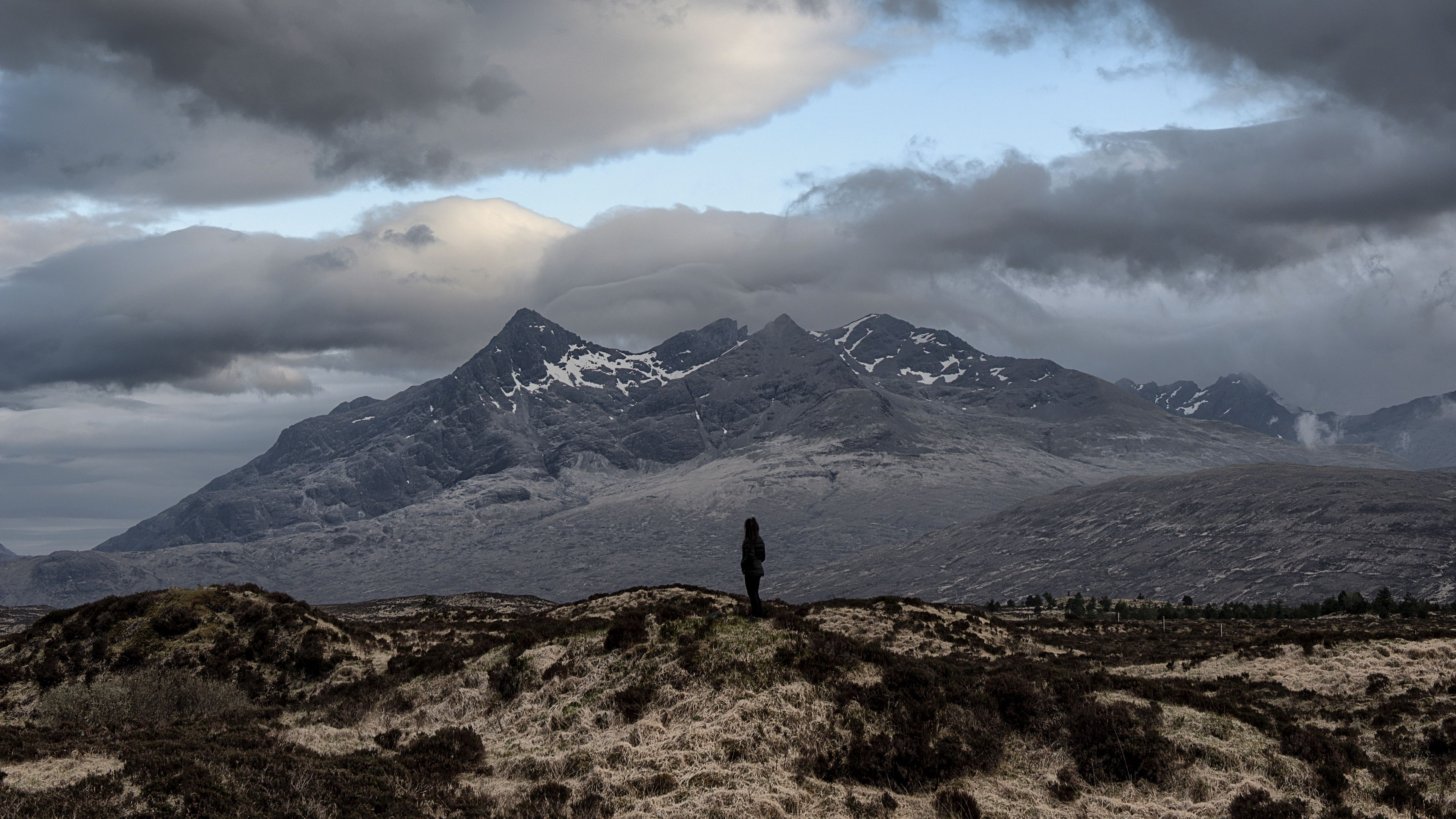 Mountains Solitude Alone Distance Island Isle Of Skye United