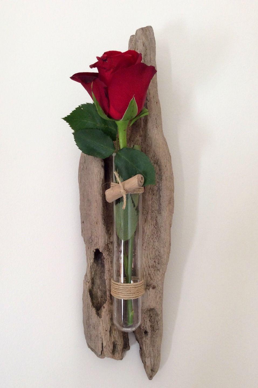 Soliflore en bois flotté par l'Atelier de Corinne. Sur mon site : www.atelierdecorinne.art #boisflotté