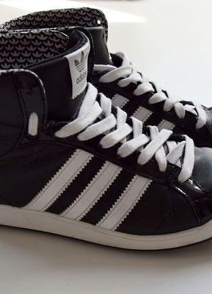 Kotníkové boty adidas Hoop Mid  181d10f2fa