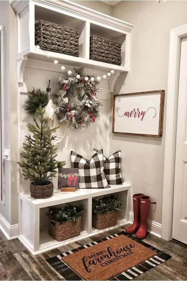 Amazing Simple Living Room Christmas Decor Ideas 9 living