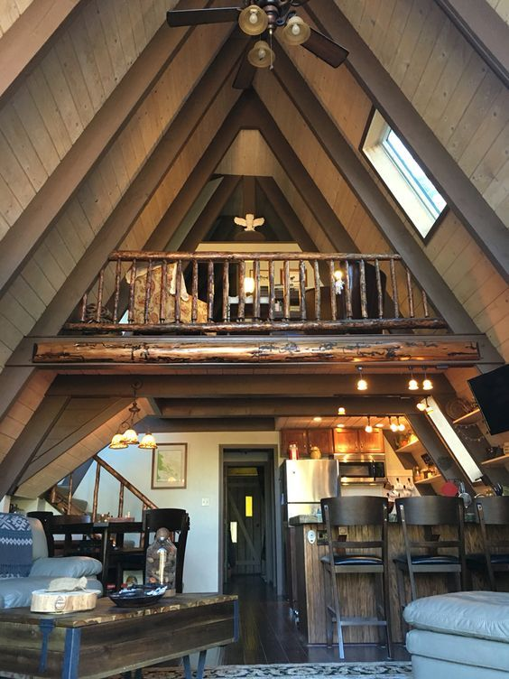 internes Layout   – Manitowish Waters: A-Frame Restoration