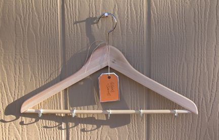 8-HangerOrganizer
