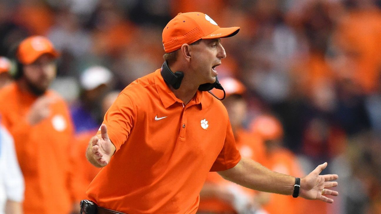 Syracuse N Y There Were Plenty Of Moments In Clemson S 27 24 Loss To Syracuse That Could Ve Swung The Game In The Other Direction Perhaps Clemson Clemson Tigers College Football