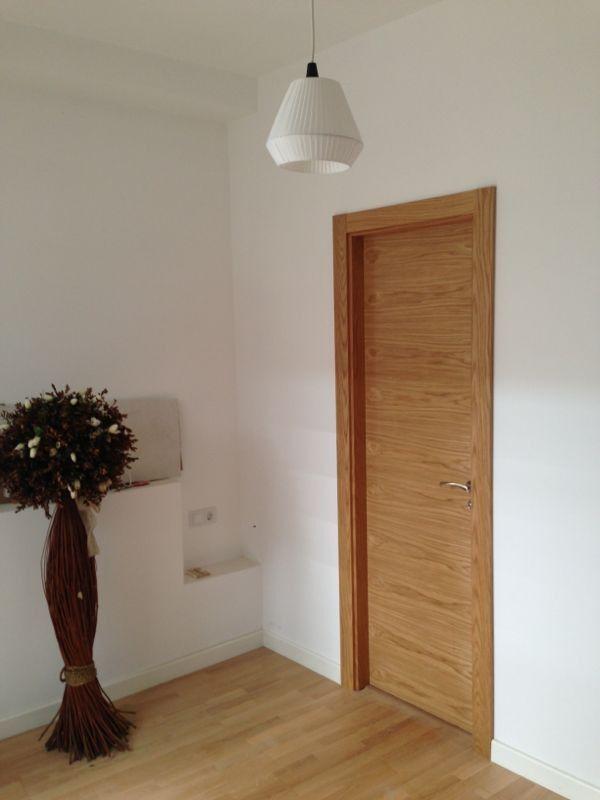 Modelo l60 roble puertas madera natural pinterest for Armario madera natural
